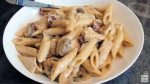 Una forchettata di paradiso: la Chicken Carbonara
